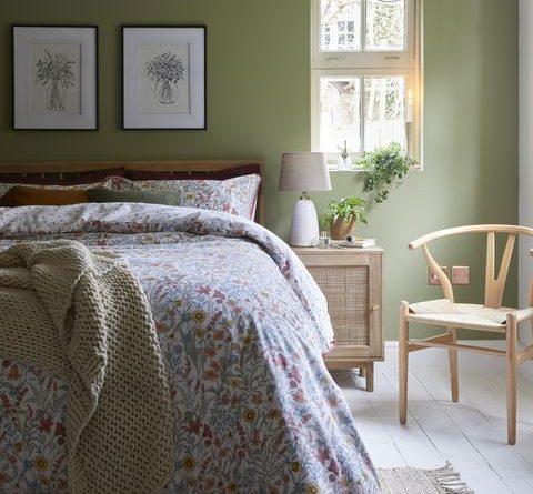 autumnal bedroom